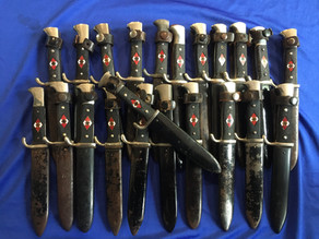 HJ Knives: From tool of political indoctrination to an Allied War Trophy