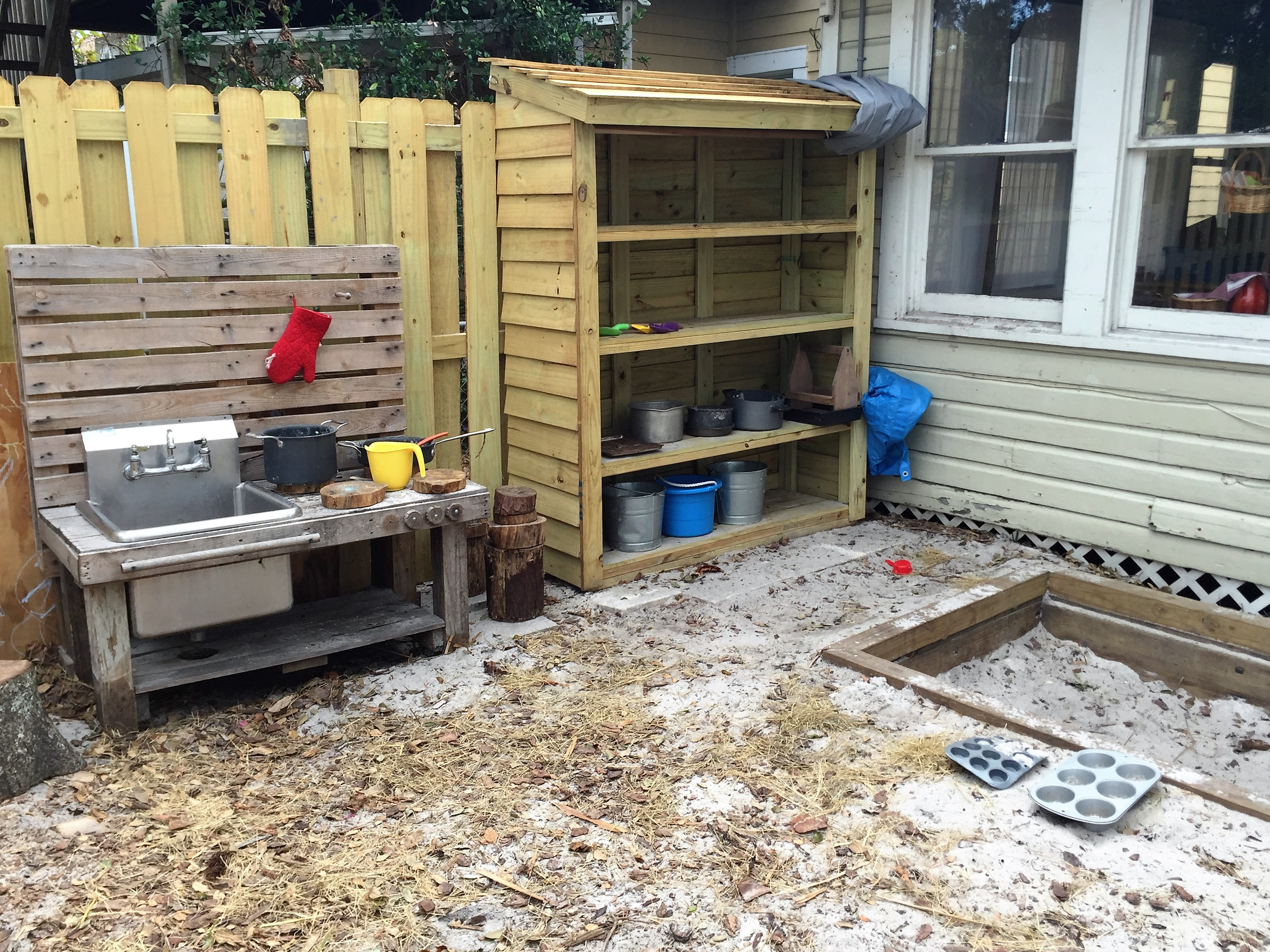 The Playgarden Outdoor Kitchen