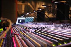soundboard-785798_960_720