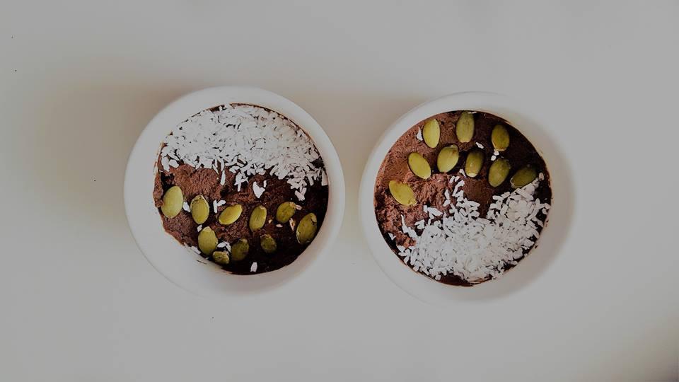 Naudingasis šokolado ir avokado desertas