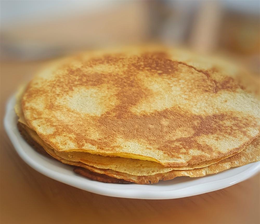 Saldūs lietiniai blynai be pridėtinio cukraus, kiaušinių ir miltų | www.salduolis.lt
