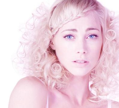 Hair and Makeup by Leesa Gray-Pitt Photographer Mel McVeigh