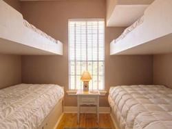 Bunk Room w/ 4 Beds
