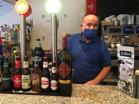 Casa Laura - A friendly bar, for a friendly barrio