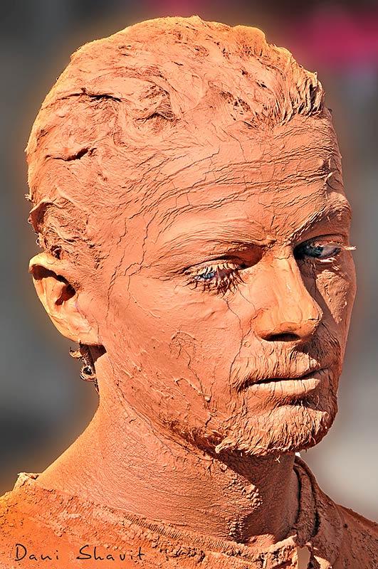 צילום פסל אנושי
