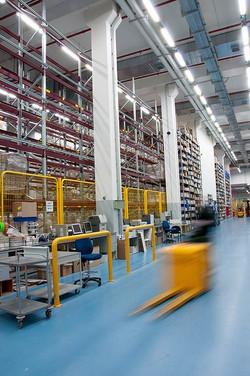 צילום אווירה במפעל