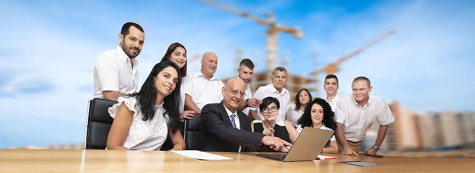 צוות-המשרד-לעמוד-אודות-3-.jpg