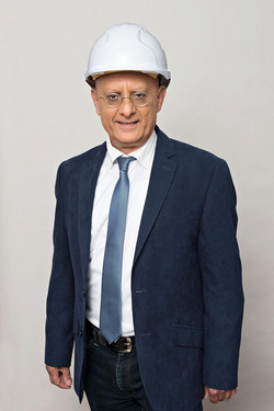איציק סימון מנהל סוכנות ביטוח
