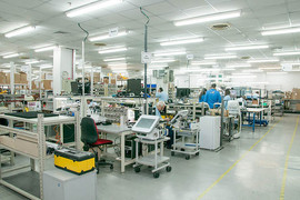 צילום תעשייתי של אולם ייצור