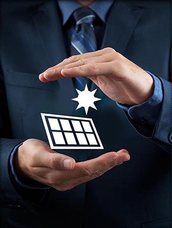 אייקון ביטוח הקמת שדות סולריים ומתקני אנרגיה