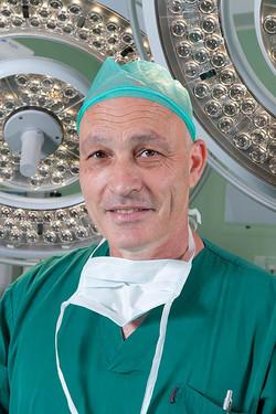 """צילום תדמית ד""""ר דוד ליפשיץ"""