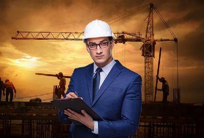 החשיבות בביטוח חבות המוצר - קבלן נמצא אחראי לנזקו של אורח שנפל מעליית גג שנים אחרי הבניה