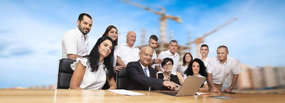 צוות-המשרד-V30--FF2.jpg