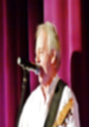 Mike Munro | Solo Vocal Entertainer