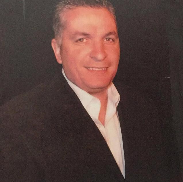 Simon Cain