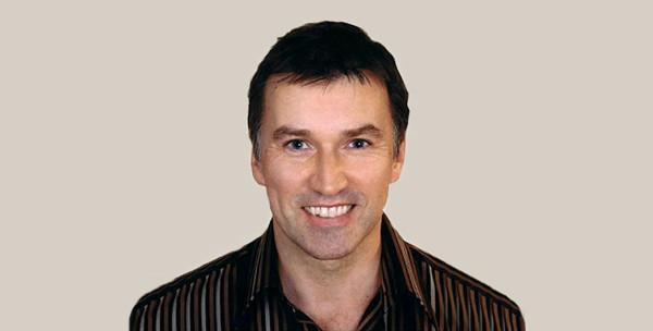 Adrian Mills