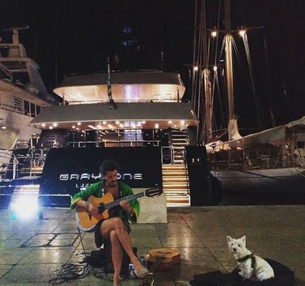 Busking St.Tropez