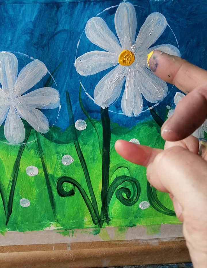 daisy fingerpaint.jpg