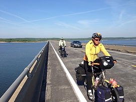 Bicycle road routes in Missouri
