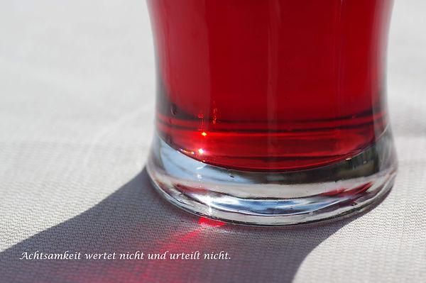 07 Rotes Glas.jpg