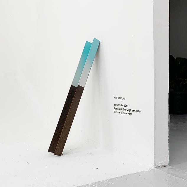 sem título, 2019 Acrílica sobre viga metálica 55cm x 10cm x 7cm