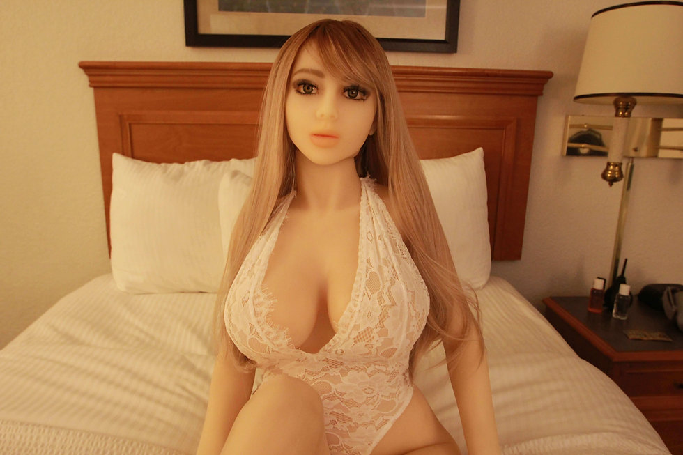 Denver Doll Ltd _ Raelynn