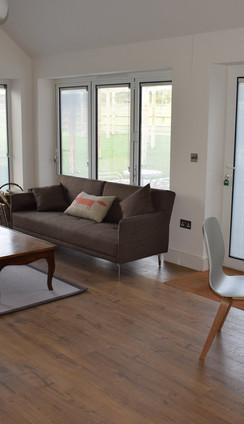 Cottage+No+1+new+lounge.jpg