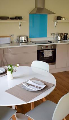 Cottage+No+1+Kitchen+copy.jpg