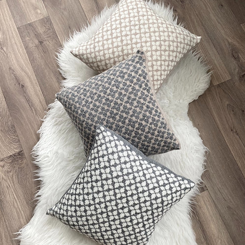 Clover Cushion