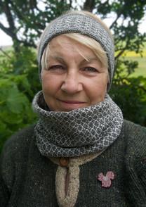 mum snood and headband.jpg