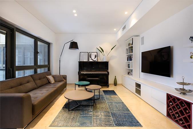 Living Room 2-2.jpg