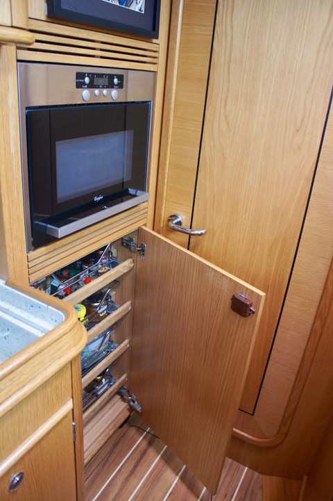 Galley microwave and storage