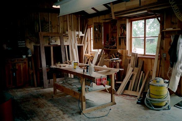 Woodshop workbench