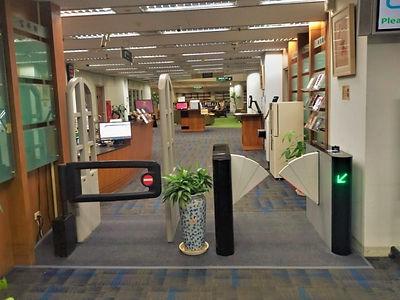 政大綜圖 圖書館閘門