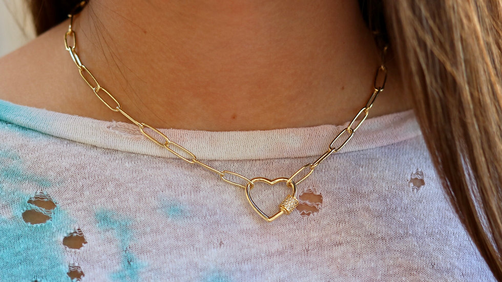 Small Heart Chain Necklace