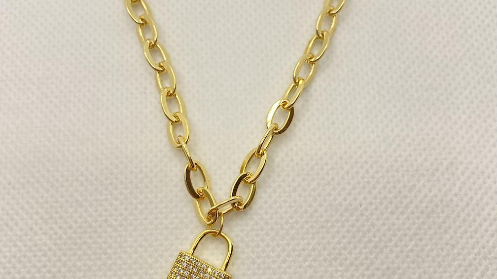 circle chain diamond lock necklace