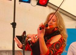Guest Musician Julianne Bourne