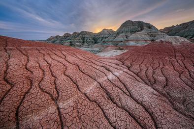 Sunset-5,-Badlands-National-Park,-South-