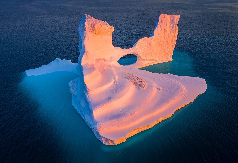 Icebergs-20,-Disko-Bay,-Greenland.jpg