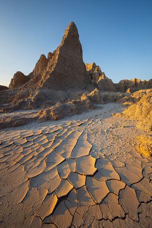 Sunset-light-2,-Cedar-Pass,-Badlands-Nat