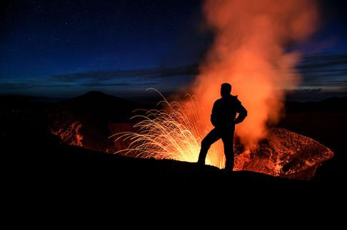 Self-portrait-overlooking-Yasur-Volcano-
