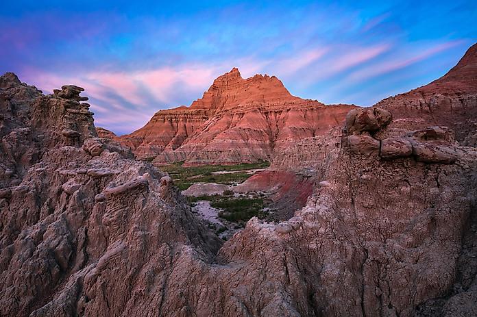 Sunrise-1,-Cedar-Pass,-Badlands-National