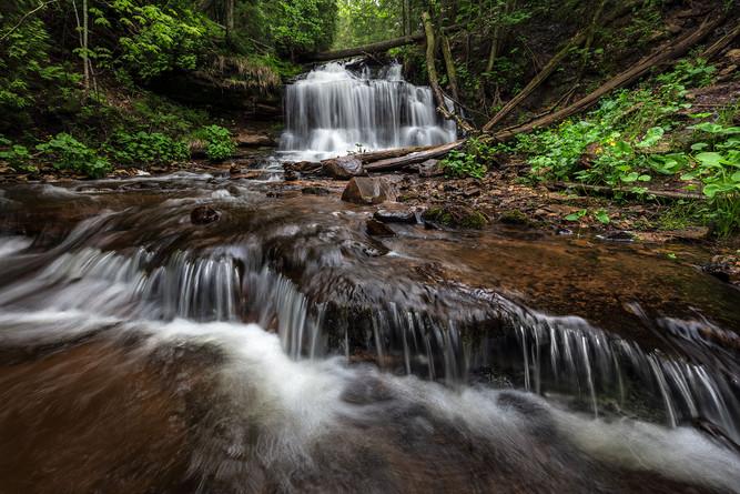 Wagner-Falls,-Hiawatha-National-Forest,-