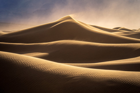 Blowing-sand-at-sunset-1,-Mesquite-Flat-