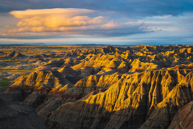 Sunrise-1,-Big-Badlands-Overlook,-Badlan