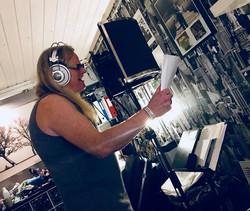 magic pie studio eirikur vocal