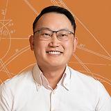 Aun Ngo Headshot.jpg