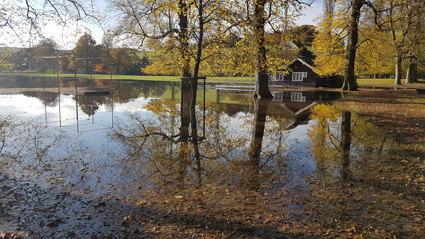 chatsworth flooding entrance