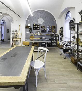 Esclusivi mobili complementi arredo decorati a mano made in italy