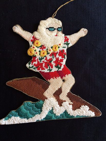 Surfer Santa - S0015